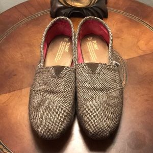 Sz 6 Toms Brown and Gold like excellent condition